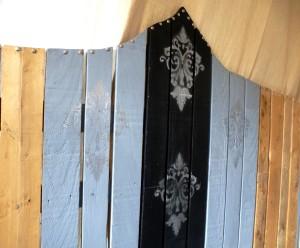 tête de lit baroque palette originale diy