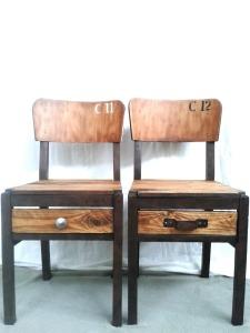 chaises d'école vintage relookées industrielles