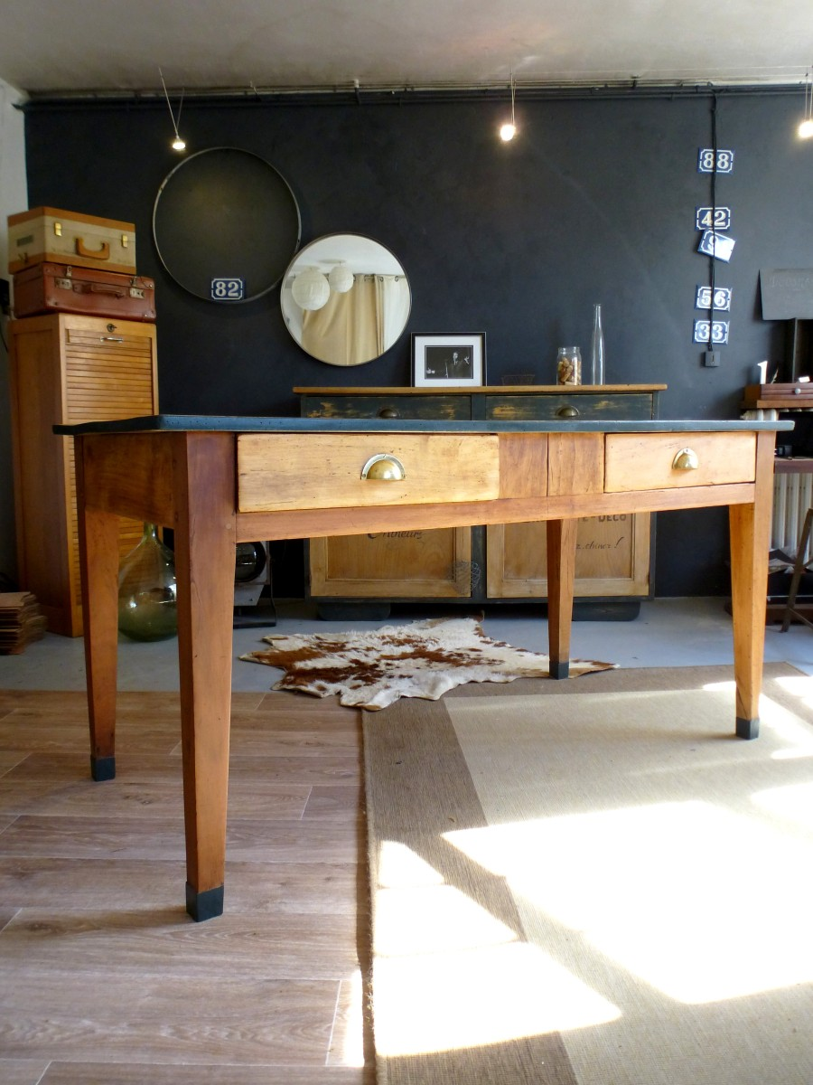 Table ancienne de ferme en bois style bistrot d 39 cosmose for Table de cuisine ancienne