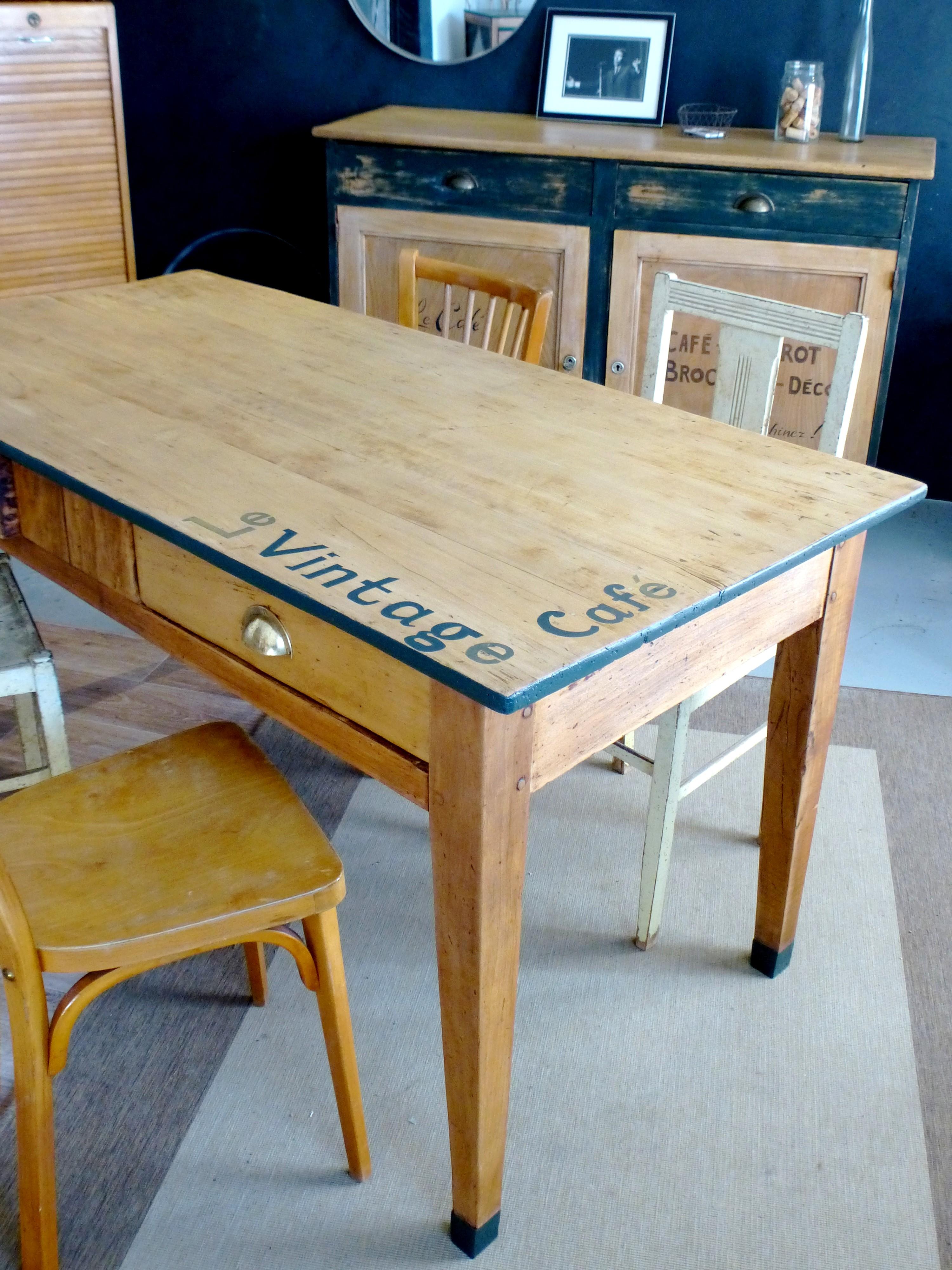 meuble bistrot fabulous banquette pour bar rtro avec caisson en bois christie with meuble. Black Bedroom Furniture Sets. Home Design Ideas