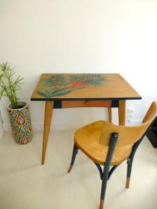 table bureau et chaise vintage scandinave bistrot baumann beau meilleur relooking meuble peint original style boho ethnique chic constance schroeder www.dcosmose.com vallet beaupréau nantes 44 49